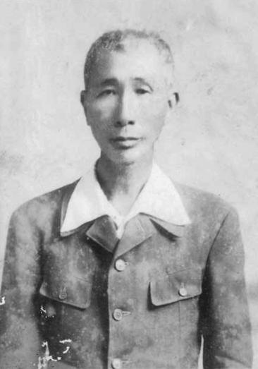 阿爹  施闊嘴 (1884 - 1953) 日本時代的漢醫 和漢醫執照的考試官
